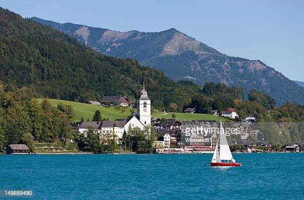 Sankt wolfgang im salzkammergut sterreich stock fotos und bilder austria st wolfgang view of town sciox Images