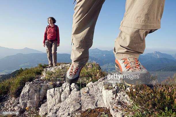 Austria, Tyrol, couple hiking at Unterberghorn