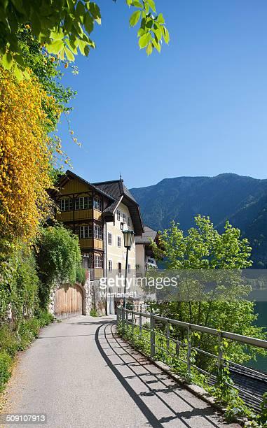 Austria, Upper Austria, Salzkammergut, Hallstatt, Promenade