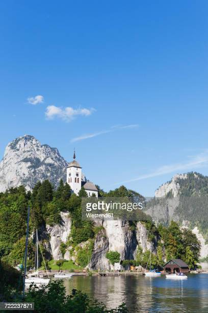 Austria, Upper Austria, Salzkammergut, Traunkirchen, Lake Traunsee and Traunstein