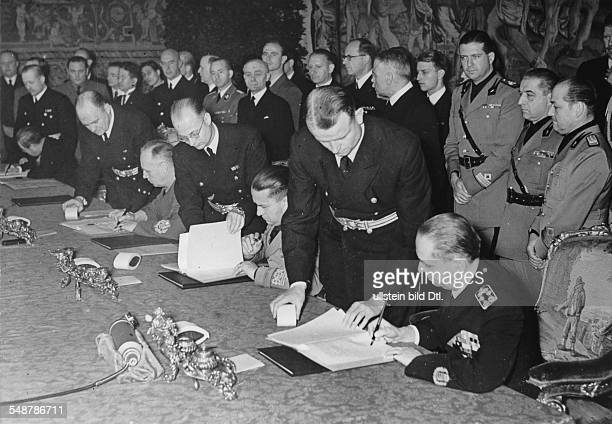 Austria Vienna Tripartite Pact Signing of the Pact in Vienna on the table from the right Hungarian Foreign Minister Count Stefan Csaky de Körösszegh...