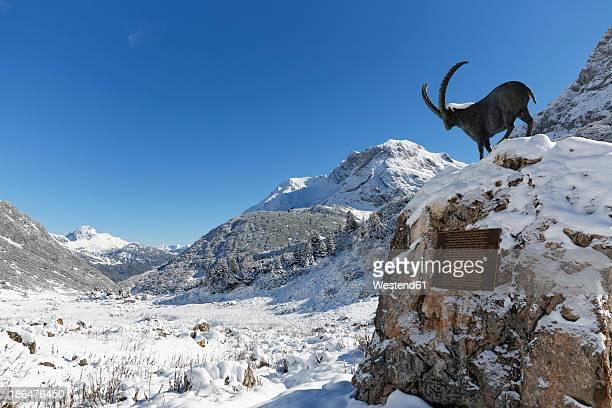 Austria, Vorarlberg, View of Lechquellengebirge mountain and Zugertal valley