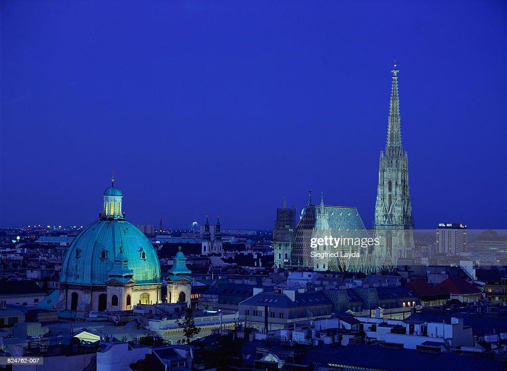 Austria Wien Vienna Stephansdom And Peterskirche At Night Stock