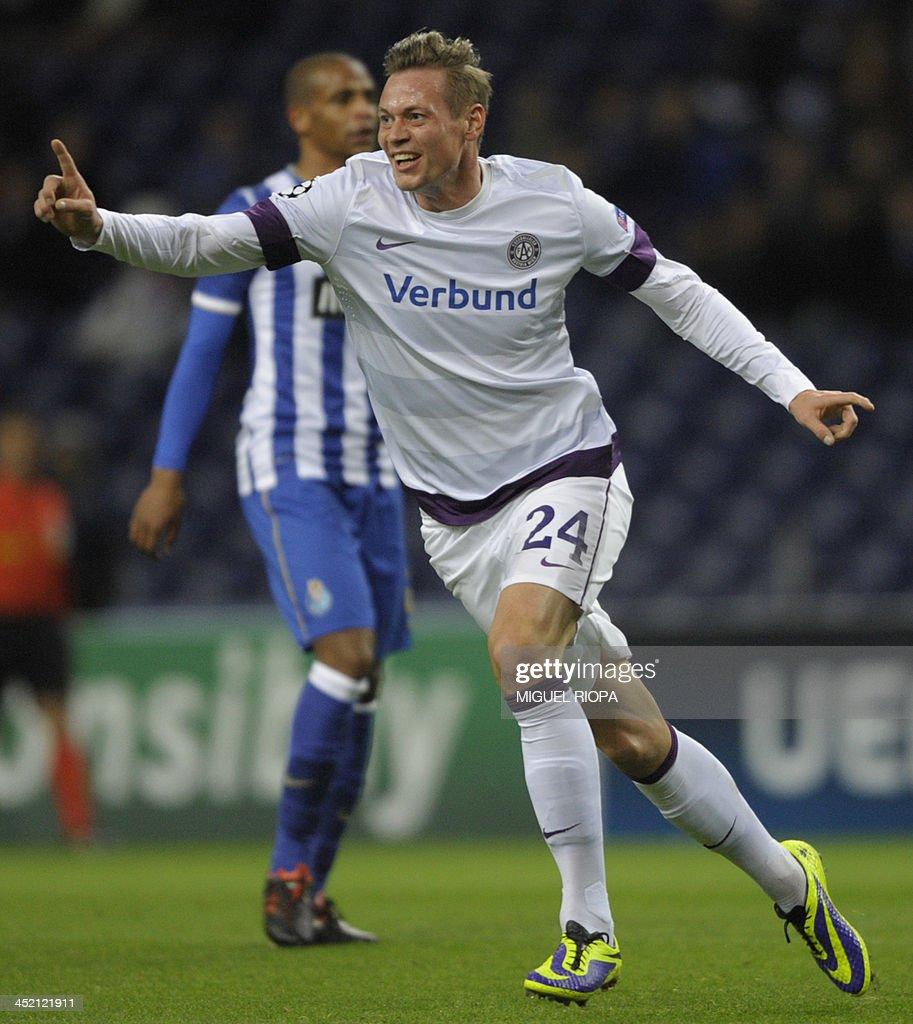 FC Porto v FK Austria Wien - U...