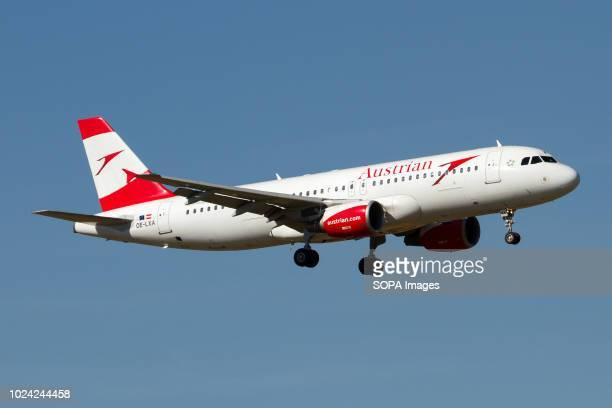 Austrian Airlines Airbus 320 landing at Zurich Kloten airport