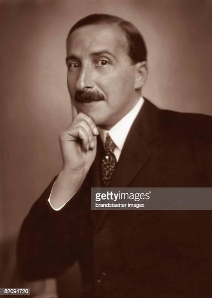 Austrian author Stefan Zweig Photograph 1925 [Der sterreichische Schriftsteller Stefan Zweig Photographie 1925]