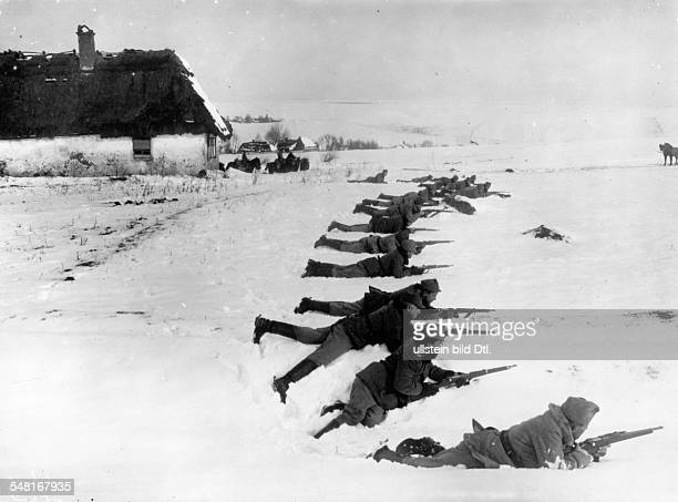 Austrian dragoon patrol in the snow on the front in Galicia/Volhynia probably early 1916