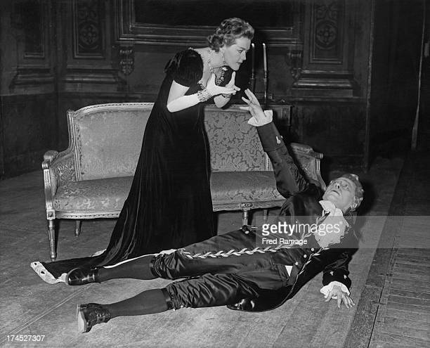 Austrian dramatic soprano Leonie Rysanek rehearses in the title role during the death scene with Otakar Kraus as 'Scarpian' in 'Tosca' at the Royal...