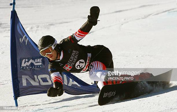 Austrian Manuel Veith competes in the Men's parallel giant slalom snowboard World Cup race in Limone Piemonte 08 December 2007 Veith won the race...