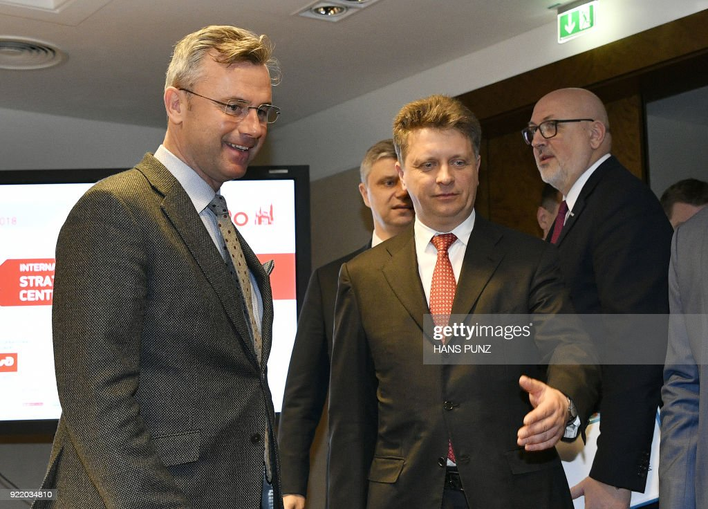 Austrian Minister of Transport Norbert Hofer (L) and Russian Minister of Transport Maxim Sokolov arrive for a signing ceremony of a cooperation agreement on freight transport between Austrian railways and Russian railways on February 21, 2018 in Vienna, Austria. / AFP PHOTO / APA / HANS PUNZ / Austria OUT