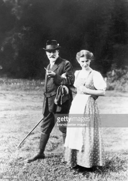 Austrian neurologist Sigmund Freud with his daughter Anna. Dolomites. South Tyrol. Photography. 1913. [Der oesterreichische Nervenarzt Sigmund Freud...