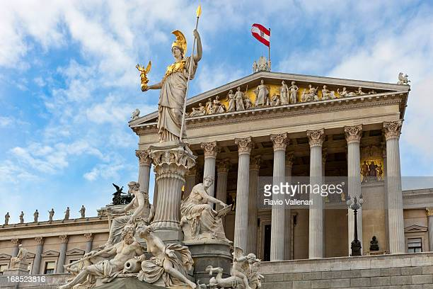 austrian parliament building, wien - vienna austria stock pictures, royalty-free photos & images