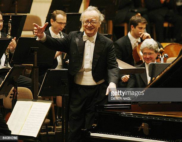 Austrian Pianist Alfred Brendel is pictured at his last ever public concert the famous Golden Auditorium of Vienna's 'Musikverein' on December 18...