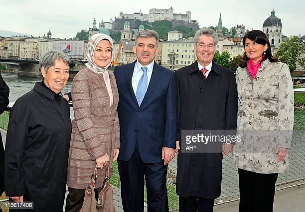 Austrian President Heinz Fischer and his wife Margit Fischer Turkish President Abdullah Gul his wife Hayrunnisa Gul and Salzburg Govenor Gaby...