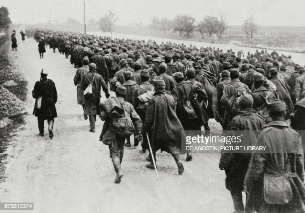 Austrian prisoners in Bucovina World War I from L'Illustrazione Italiana Year XLIII No 32 August 6 1916