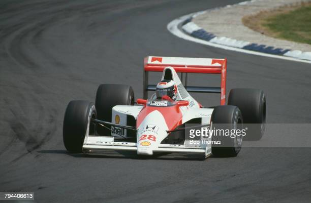 Austrian racing driver Gerhard Berger drives the Honda Marlboro McLaren McLaren MP4/5B Honda RA109E 35 V10 to finish in 14th place in the 1990...