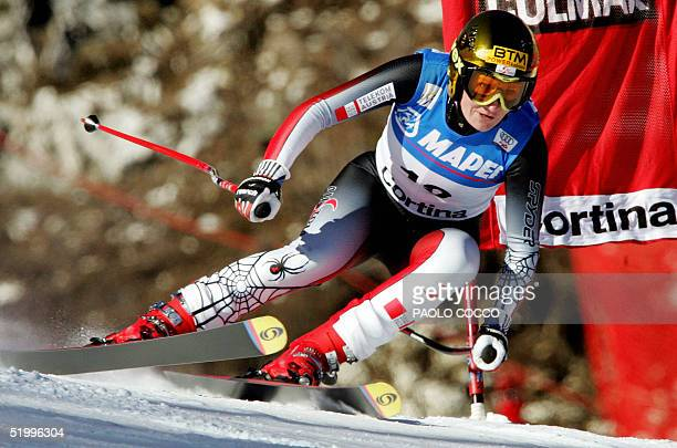 Austrian Renate Goetschl passes a gate on her way to win the 5th Women's Ski World Cup Downhill event in the Italian northern resort of Cortina 15...