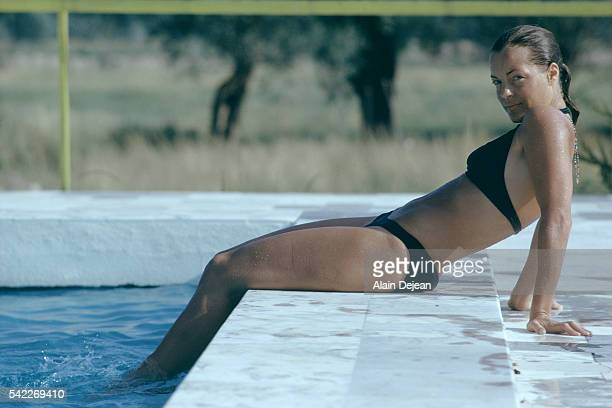 Romy schneider la piscine stock photos and pictures for Nue a la piscine