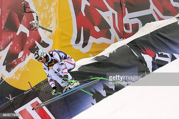 Austria's Hannes Reichelt competes during the FIS men's Alpine ski World Cup Men's Downhill race in Kitzbuehel on January 25 2014 AFP PHOTO / OLIVIER...