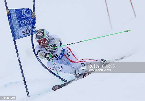 Austria's Hannes Reichelt competes during the second run of men's giant slalom during the FIS Ski World cup in Soelden, Austria, on October 28,2012....