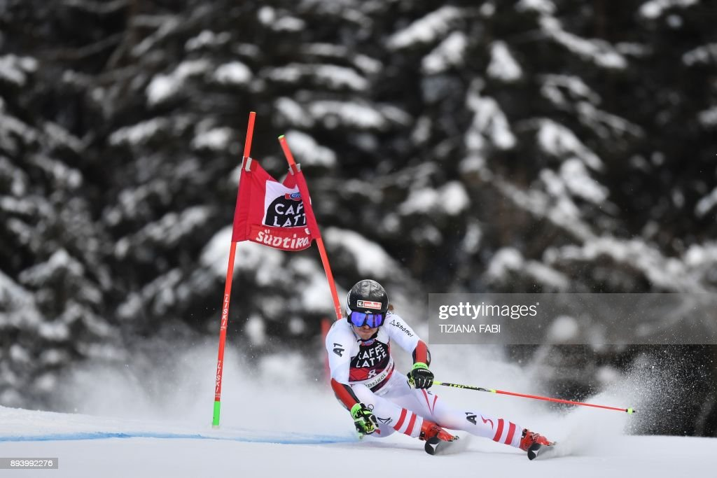 SKI-ALPINE-MEN-WORLD-GIANT-SLALOM : News Photo