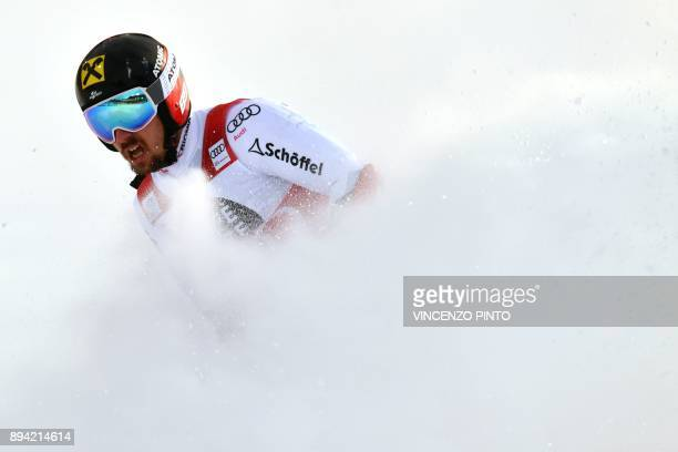 Austria's Marcel Hirscher wins the FIS Alpine World Cup Men's Giant Slalom on December 17 2017 in Alta Badia Italian Alps / AFP PHOTO / Vincenzo PINTO