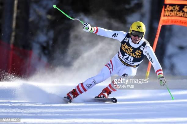 Austria's Max Franz competes in the FIS Alpine World Cup Men Downhill on December 16, 2017 in Val Gardena - Groeden, Italian Alps. / AFP PHOTO /...