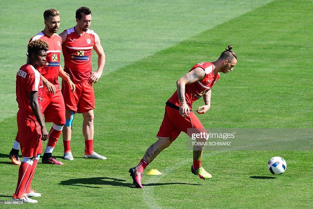 FBL-EURO-2016-AUT-TRAINING : News Photo