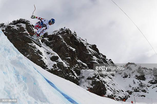 Austria's Romed Baumann competes in the Alpine skiing FIS World Cup mens downhill event on January 16 2016 in Wengen AFP PHOTO / OLIVIER MORIN / AFP...