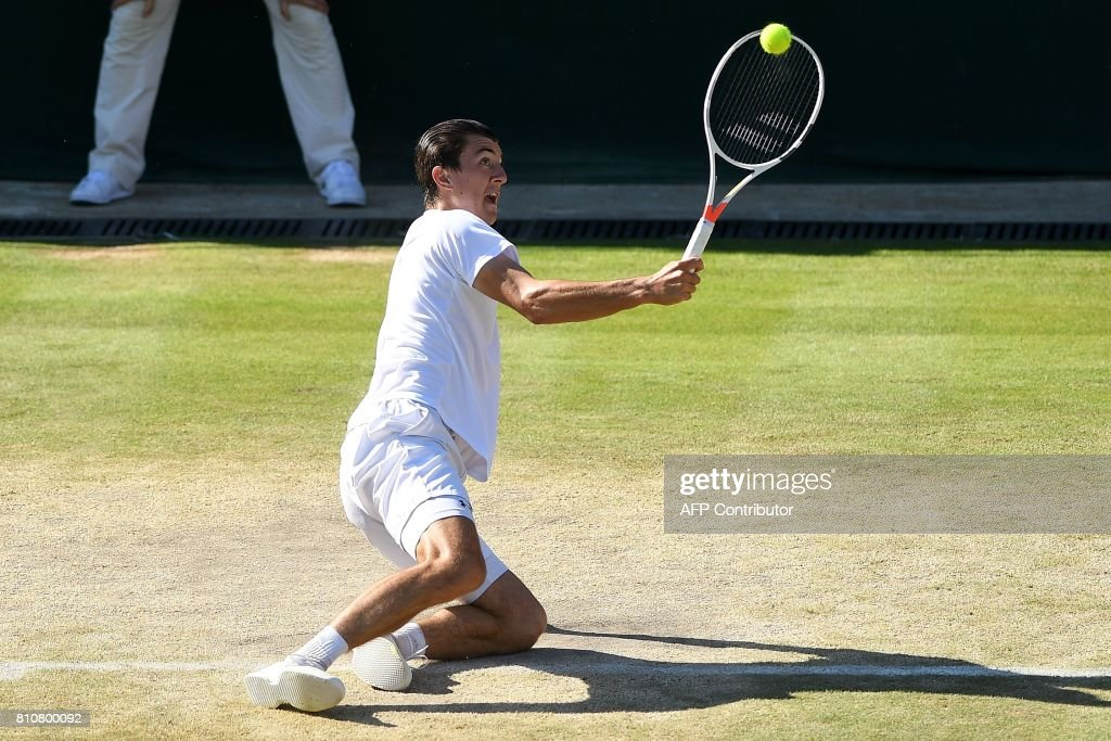 Austria's Sebastian Ofner returns to Germany's Alexander Zverev during their men's singles third round match on the sixth day of the 2017 Wimbledon Championships at The All England Lawn Tennis Club in Wimbledon, southwest London, on July 8, 2017. Zverev won the match 6-4, 6-4, 6-2. / AFP PHOTO / Glyn KIRK / RESTRICTED