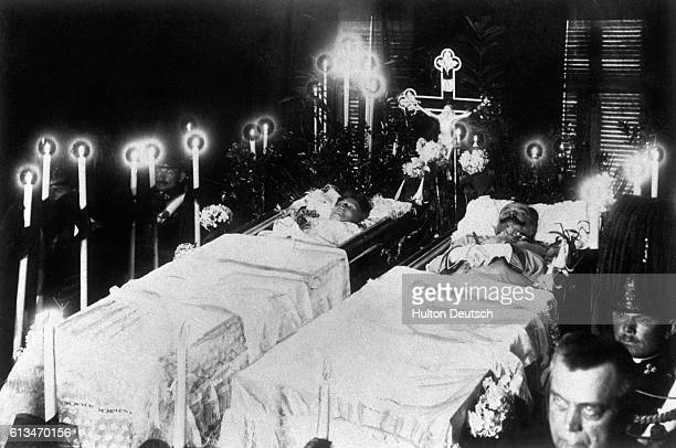 AustroHungarian Archduke Franz Ferdinand lies in an open coffin beside his wife Sophie the Duchess of Hohenburg after their assassination by Serbian...