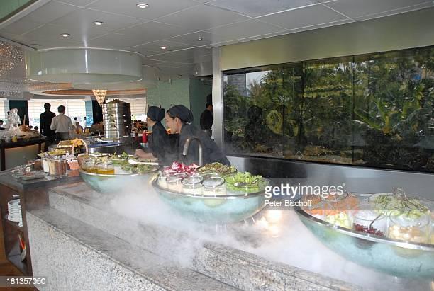 Auswahl an Speisen Buffet Restaurant vom OrientalHotel Bangkok Thailand Speisen Essen Eis Luxus edel Reise