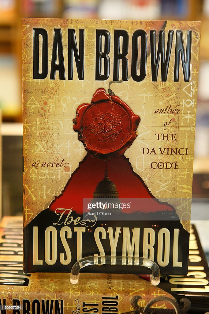 Dan Browns New Book The Lost Symbol Sells In Record Numbers Photos