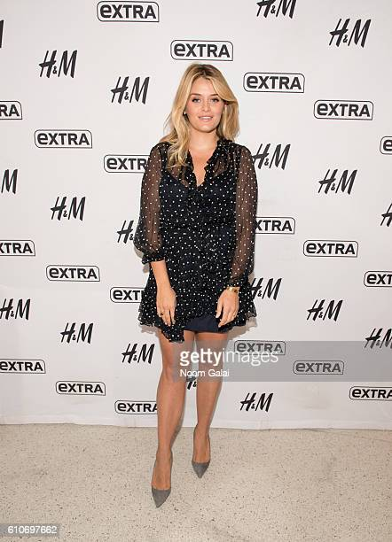 Author Daphne Oz visits 'Extra' at HM Times Square on September 27 2016 in New York City