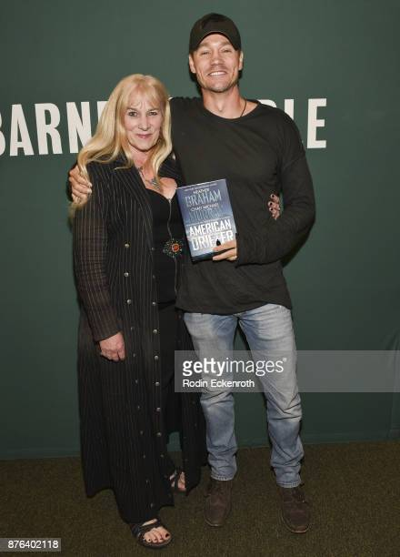Author Heather Graham and actor/author Chad Michael Murray pose for portrait at his book signing of 'American Drifter' at Barnes Noble at The Grove...