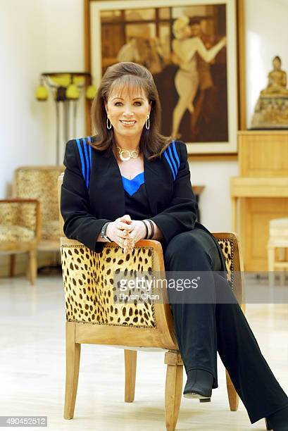 Author Jackie Collins is photographed for Los Angeles Times on November 1 2003 in Los Angeles California PUBLISHED IMAGE BYLINE MUST BE Bryan...