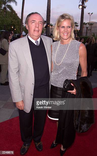 Author James Patterson and wife Sue at the premiere of 'Along Came A Spider' at he Paramount Theater Paramount Studios Los Angeles Ca 4/02/01 Photo...