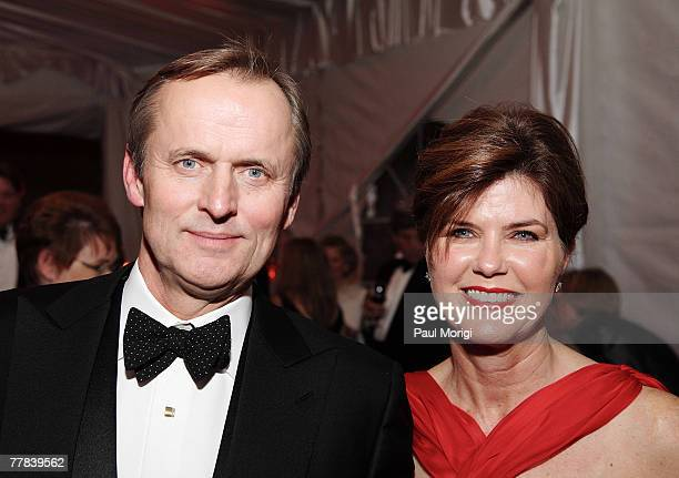 Author John Grisham and Renee Jones Grisham at the Washington National Cathedral Centennial Gala on November 9 2007 in Washington DC