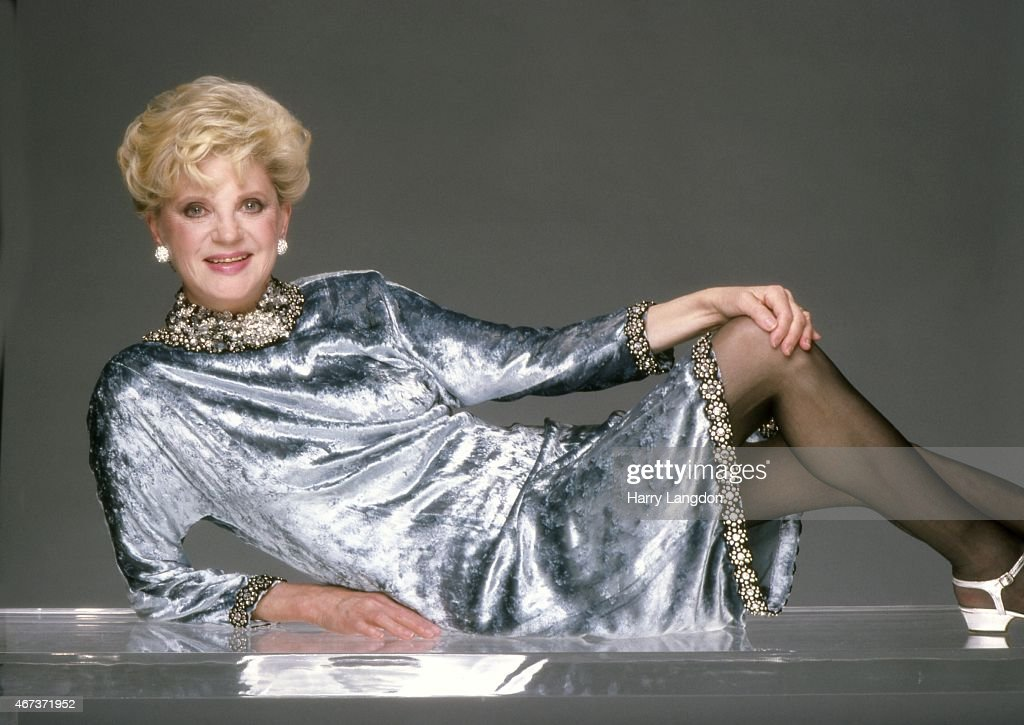 Author Judith Krantz poses for a portrait in 1985 in Los Angeles, California.