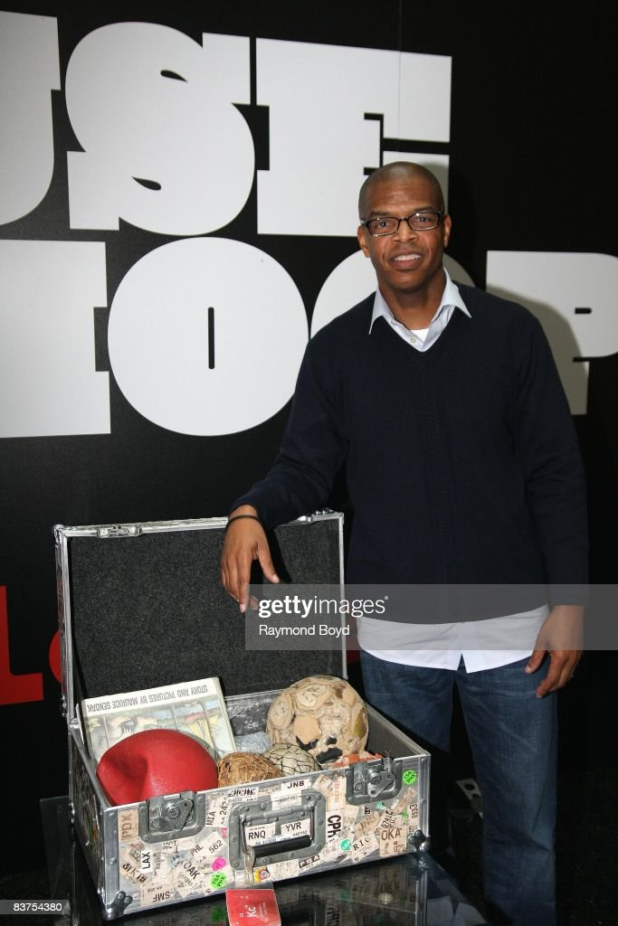 Author Kevin Carroll poses for photos during the grand opening of House of Hoops by foot locker in North Riverside Mall in North Riverside, Illinois on November 15, 2008.