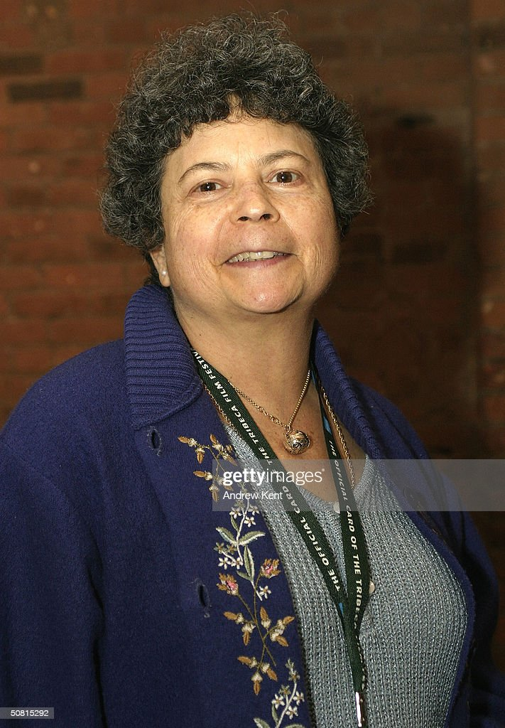 Author Lynne Elkin poses at the Unraveling The Code: Rosalind Franklin and DNA panel during the 2004 Tribeca Film Festival May 8, 2004 in New York City.