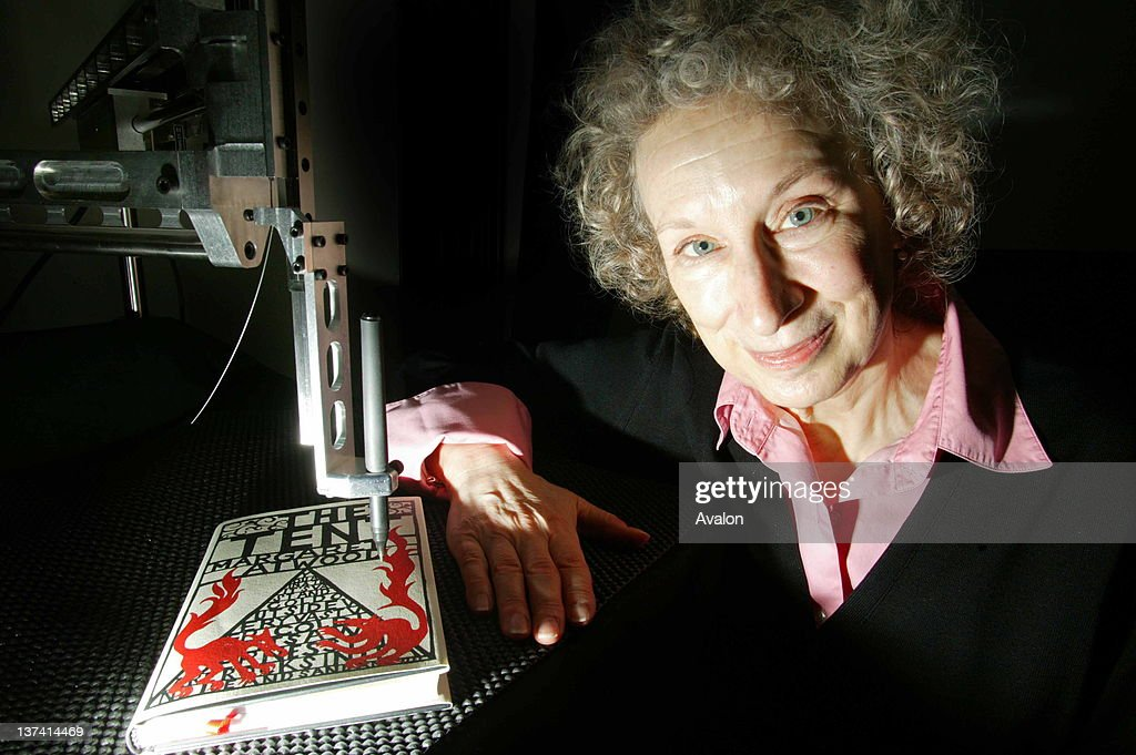 Author Margeret Atwood with her invention : News Photo