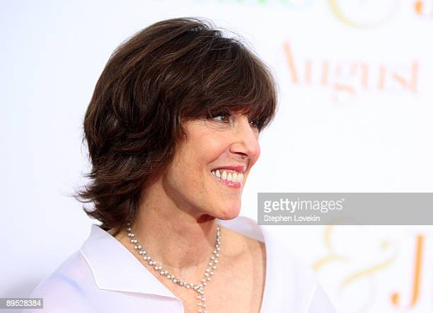 """Author Nora Ephron attends the """"Julie & Julia"""" premiere at the Ziegfeld Theatre on July 30, 2009 in New York City."""