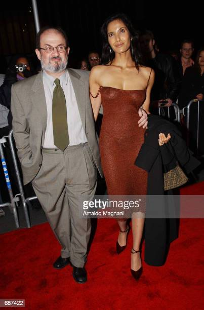 Author Salman Rushdie and model girlfriend Padma Lakshmi arrive at the Ziegfield Theatre for the premiere of ''The Lord of the Rings'' December 13...