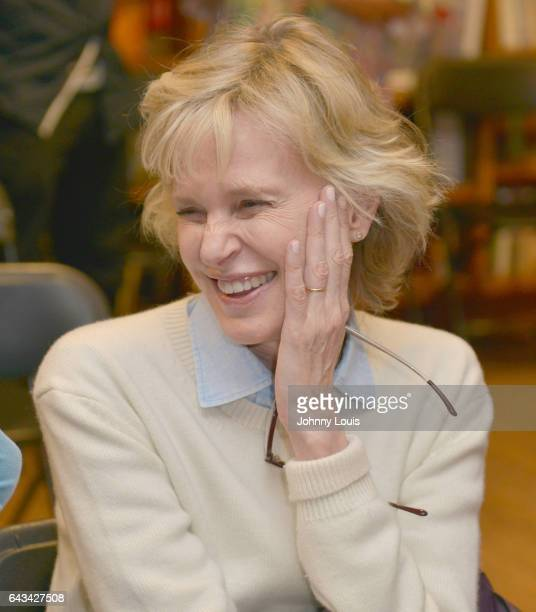 Author Siri Hustvedt discussing and sign copies of her new book 'A Woman Looking at Men Looking at Women Essays on Art Sex and the Mind' at Books and...