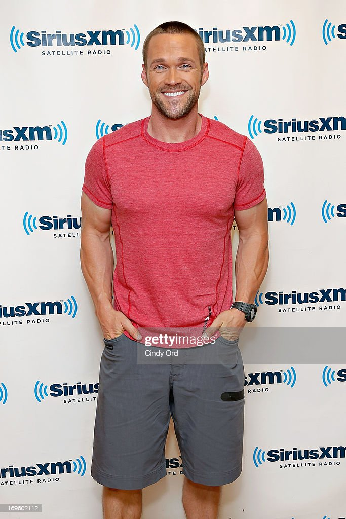Author/fitness trainer and transformation specialist Chris Powell visits the SiriusXM Studios on May 28, 2013 in New York City.