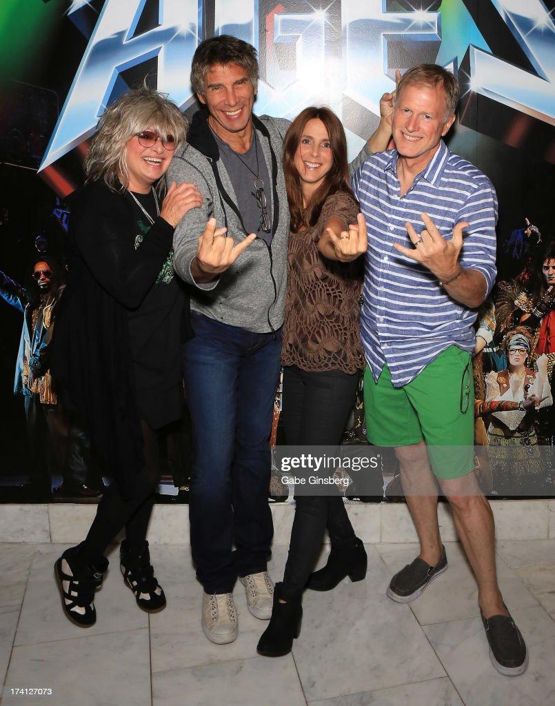 "The Original MTV VJs Alan Hunter, Martha Quinn, Nina Blackwood And Mark Goodman ""The Unplugged Adventures Of MTV's First Wave"""