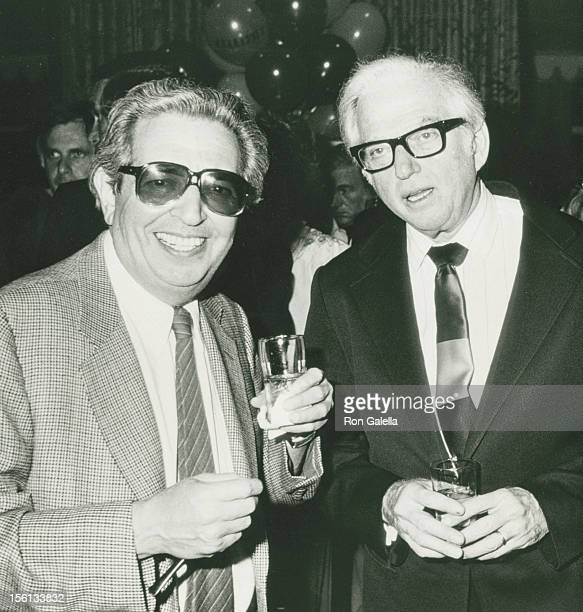 Authors Irving Wallace and Sidney Sheldon attend the book party for Thomas Thompson 'Celebrity' on April 9 1982 at the Beverly Hills Hotel in Beverly...
