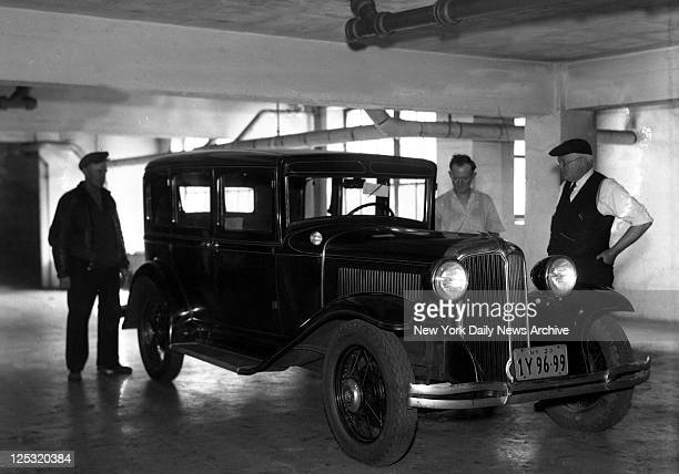 Auto of slain gangster Max Greenberg On the afternoon of April 12 Greenberg and Gordon were scheduled to meet with Hassel at his suite on the eighth...