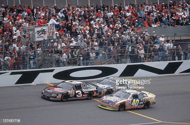 40th NASCAR Daytona 500 Dale Earnhardt and Mike Skinner in action at Daytona International Speedway Daytona FL CREDIT George Tiedemann